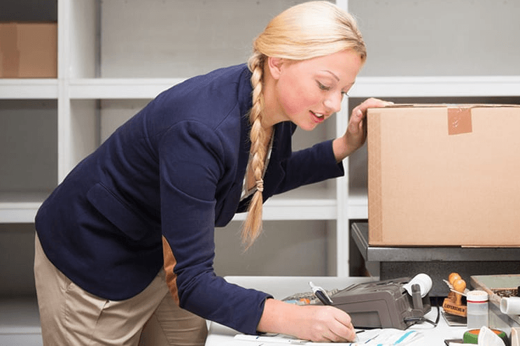 Review of Drop Shipping as a Business Model Post Covid-19